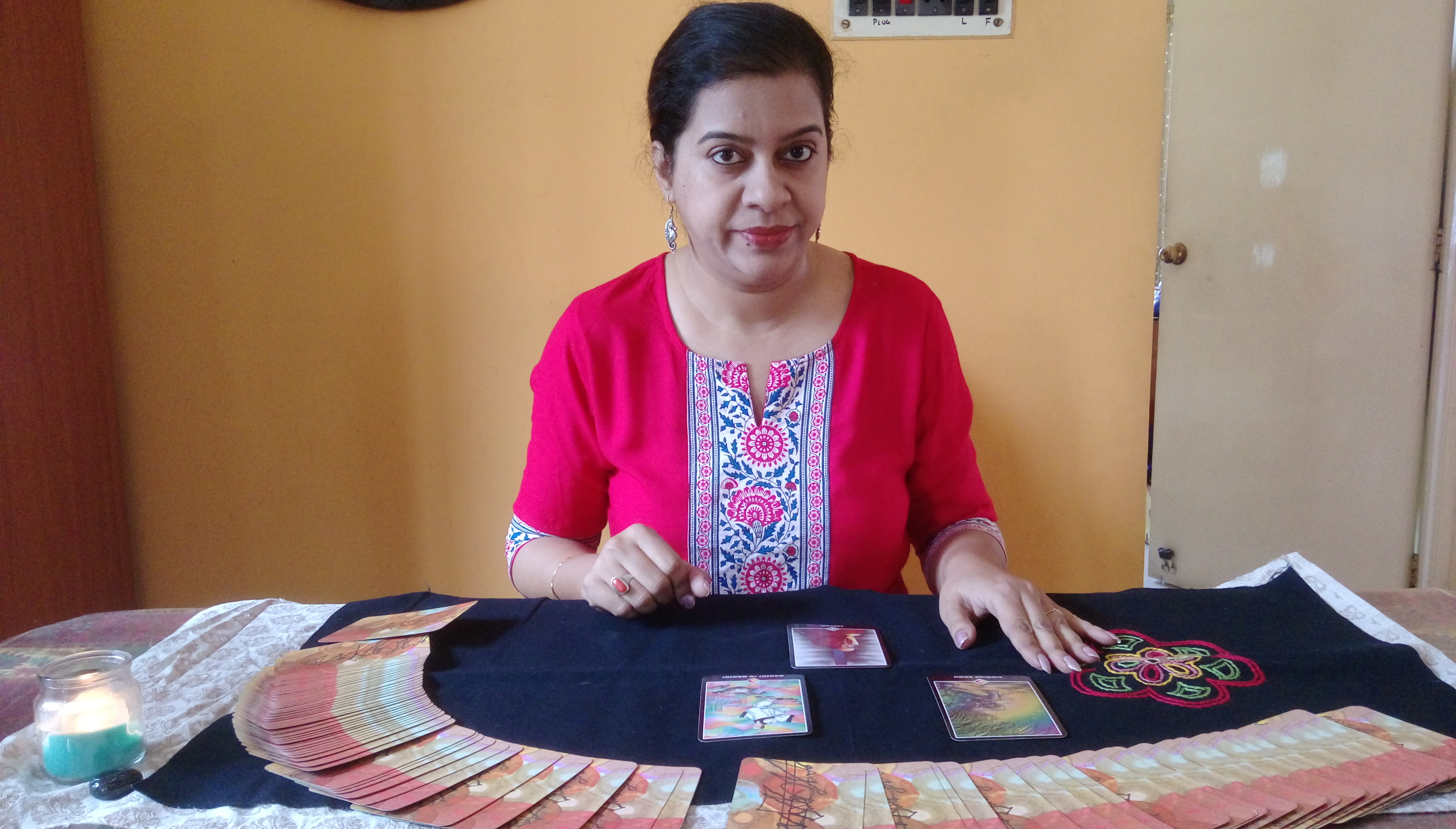 Best Tarot Card reader in South Kolkata